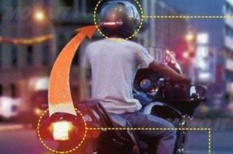 luce di stop per moto