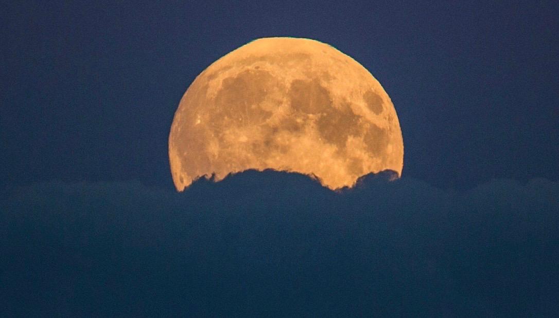 Rivelazioni — Briciolanellatte Weblog tempo di luna rossa...